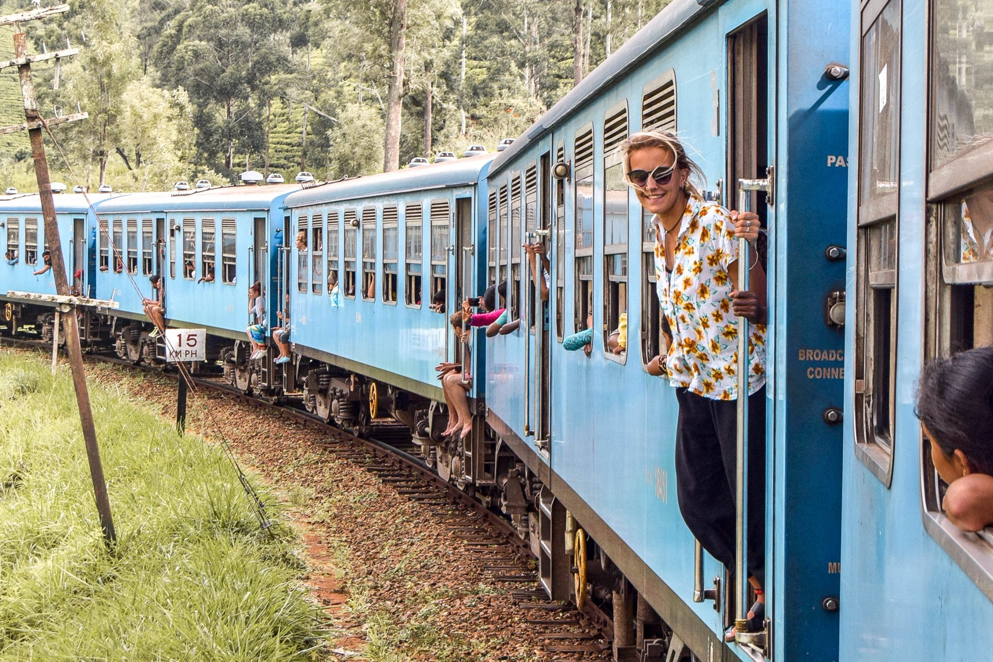 Wanderers & Warriors - Charlie & Lauren UK Travel Couple - Kandy To Ella Train Sri Lanka – The Most Scenic Train Journey In The World