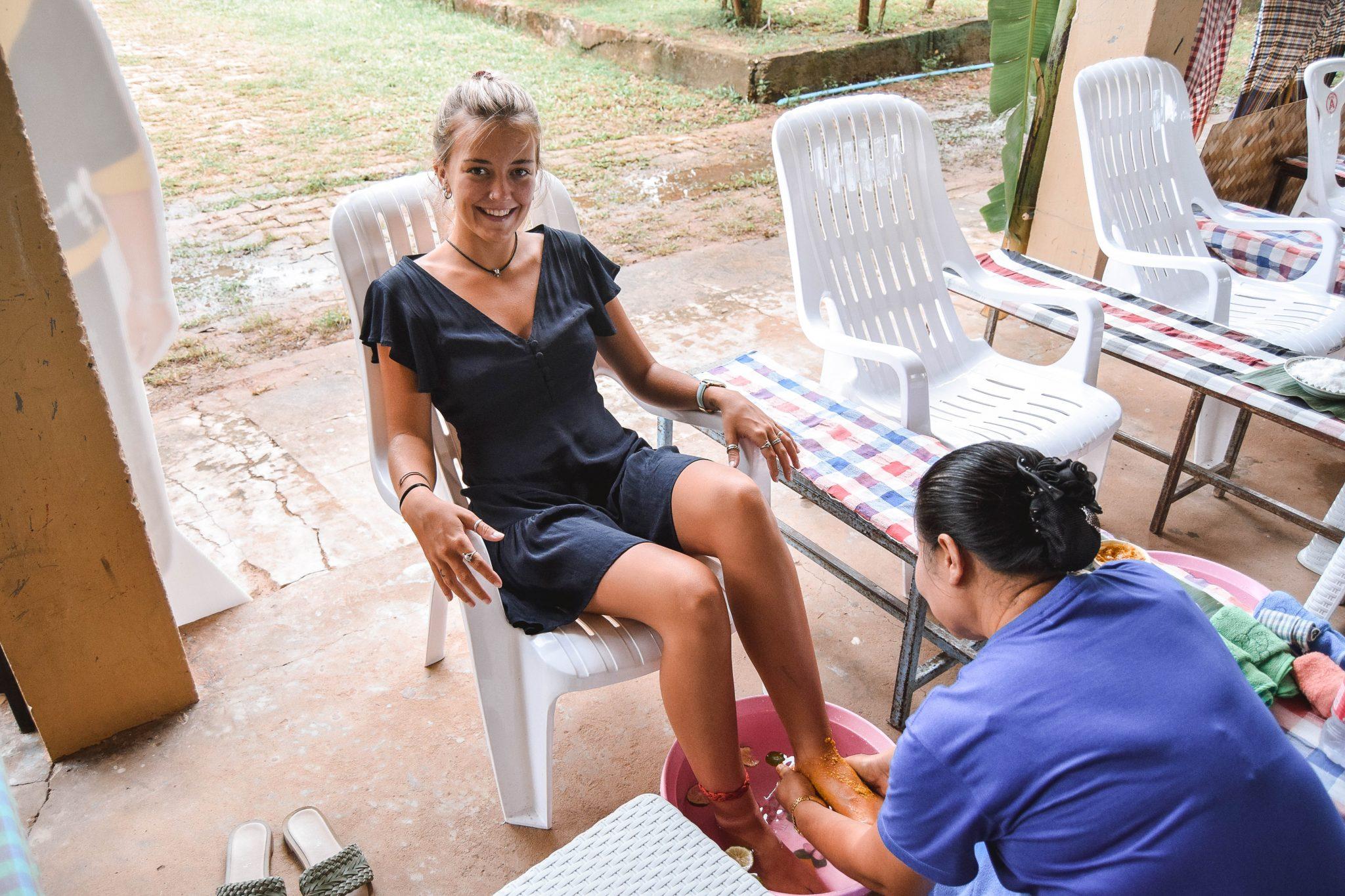 Wanderers & Warriors - Charlie & Lauren UK Travel Couple - 7 Things To Do In Nakhon Phanom Thai Foot Massage