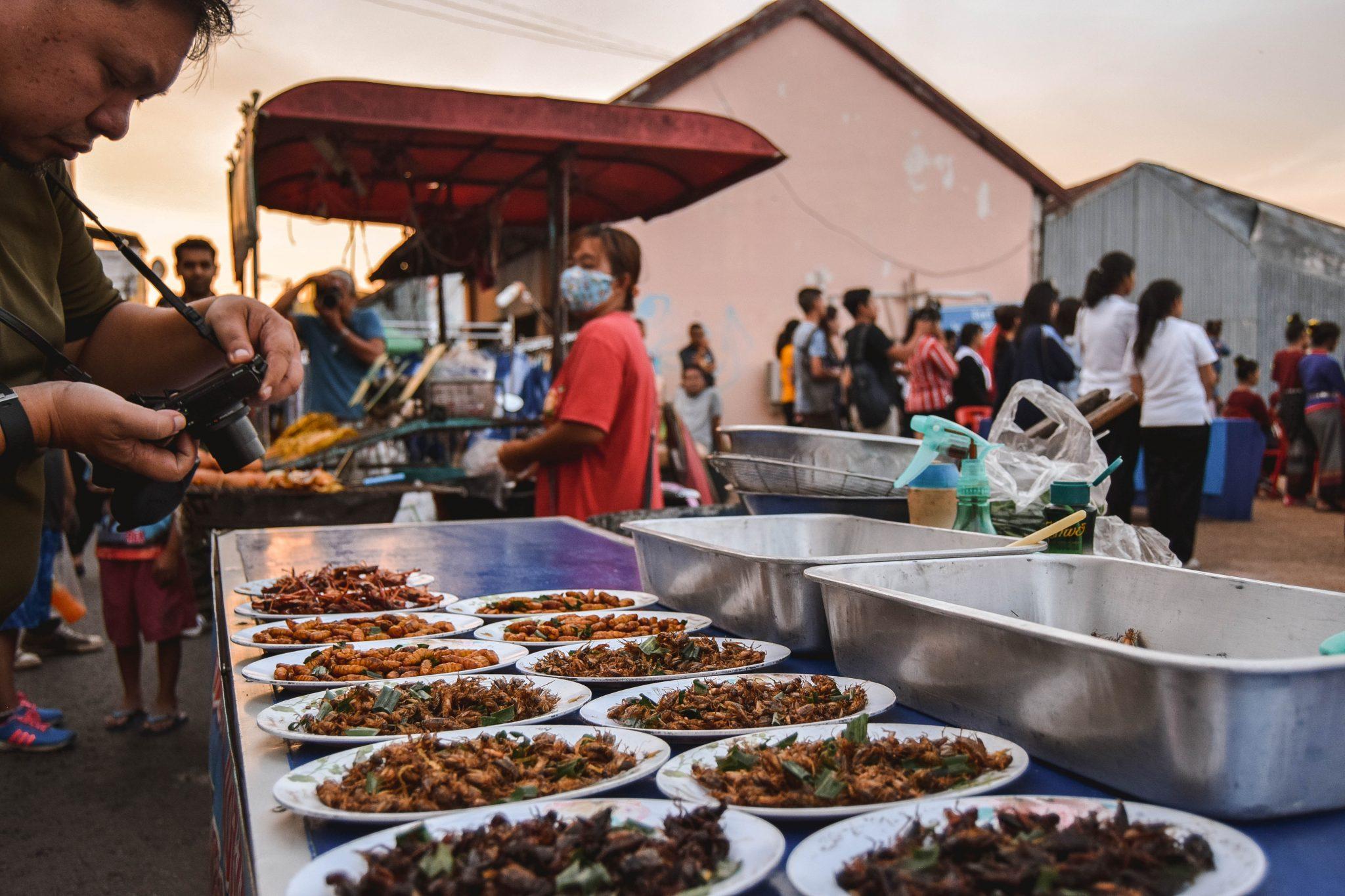 Wanderers & Warriors - 7 Things To Do In Nakhon Phanom Night Market