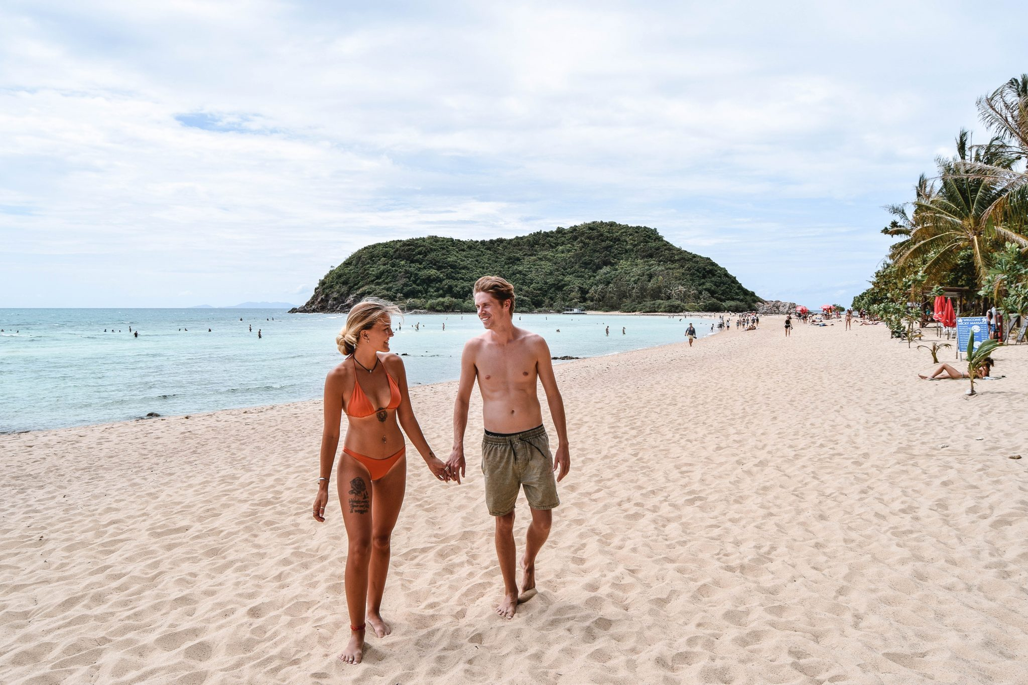 Wanderers & Warriors - Charlie & Lauren UK Travel Couple - Haad Mae Haad Beach Koh Phangan - Koh Ma Koh Phangan Best Beaches Koh Phangan Beaches