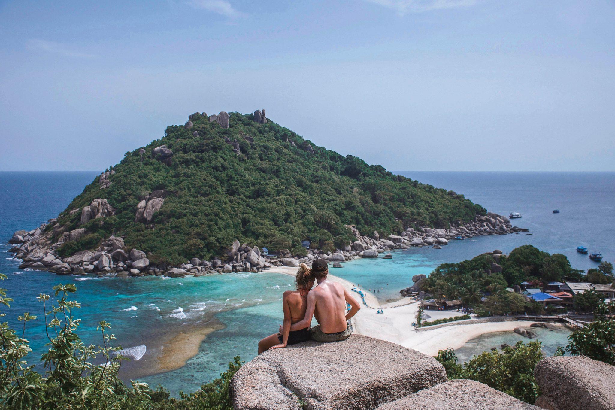 Wanderers & Warriors - Charlie & Lauren UK Travel Couple - Koh Nang Yuan Island - Koh Nang Yuan Koh Tao Viewpoints - Koh Nang Yuan Viewpoint - Koh Nangyuan things to do on koh tao
