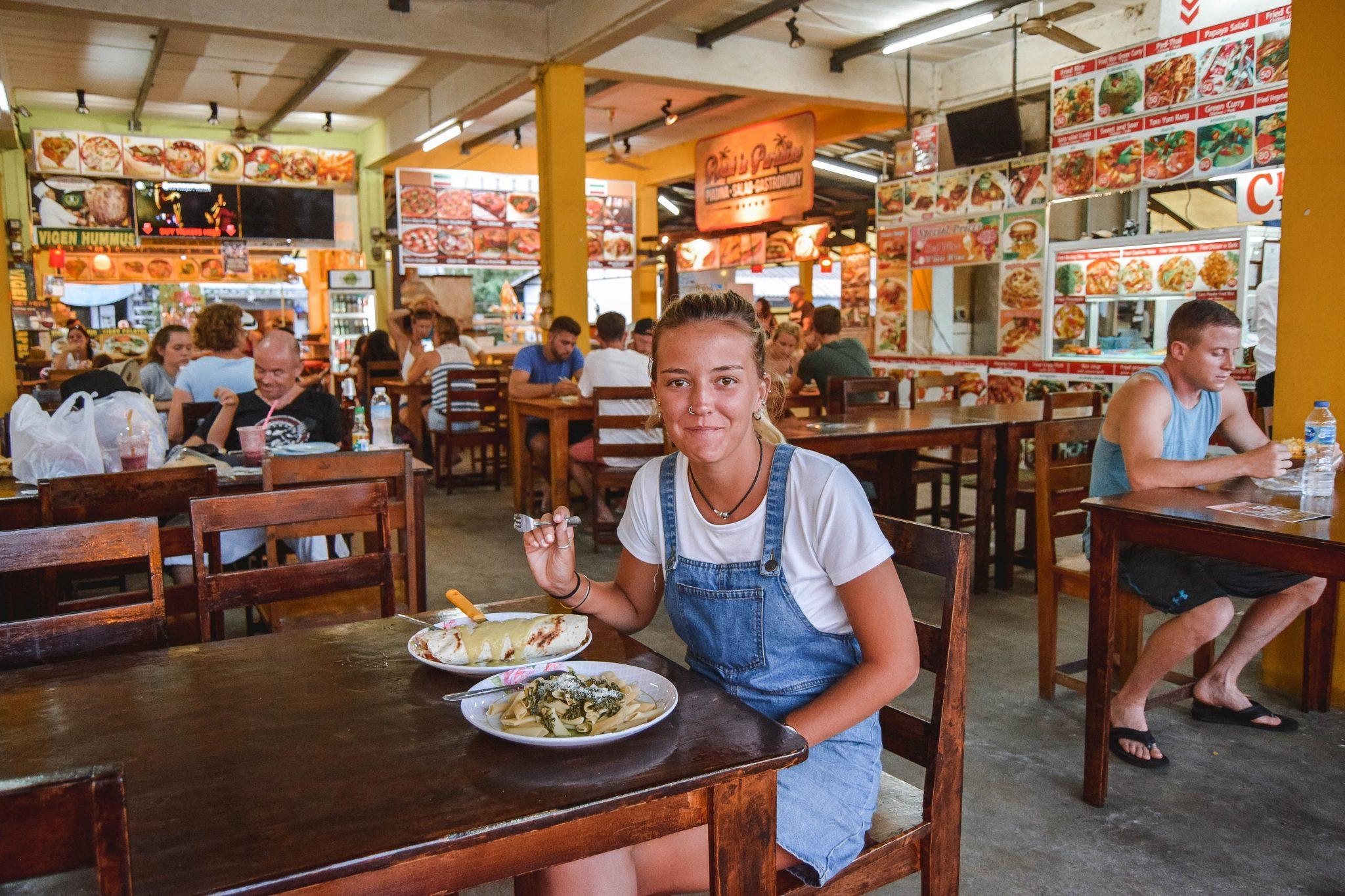 Wanderers & Warriors - Charlie & Lauren UK Travel Couple - Thong Sala Night Market Koh Phangan Night Market - Pantip Market Thong Sala Market