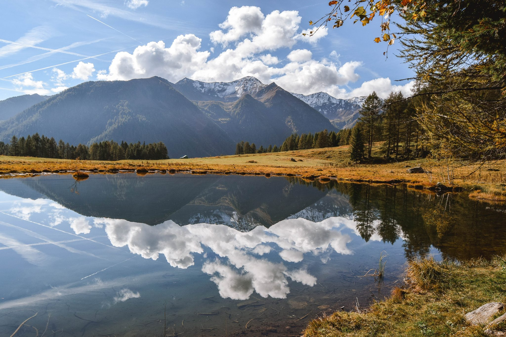 Wanderers & Warriors - Things To Do In Val Di Sole Trentino Lago Covel Lake Covel Italy