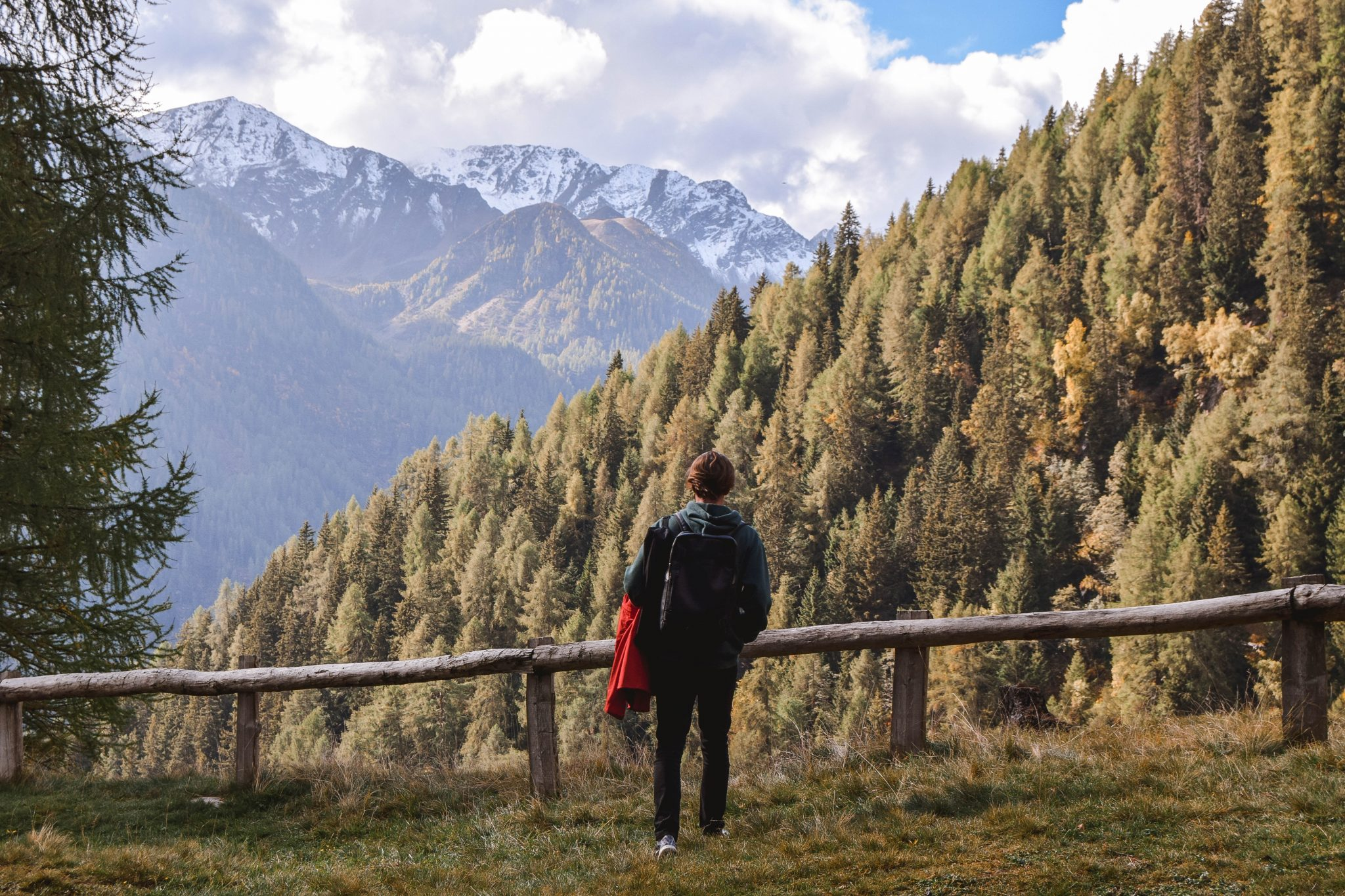 Wanderers & Warriors - Charlie & Lauren UK Travel Couple - Things To Do In Val Di Sole Trentino Val Di Pejo Lago Covel