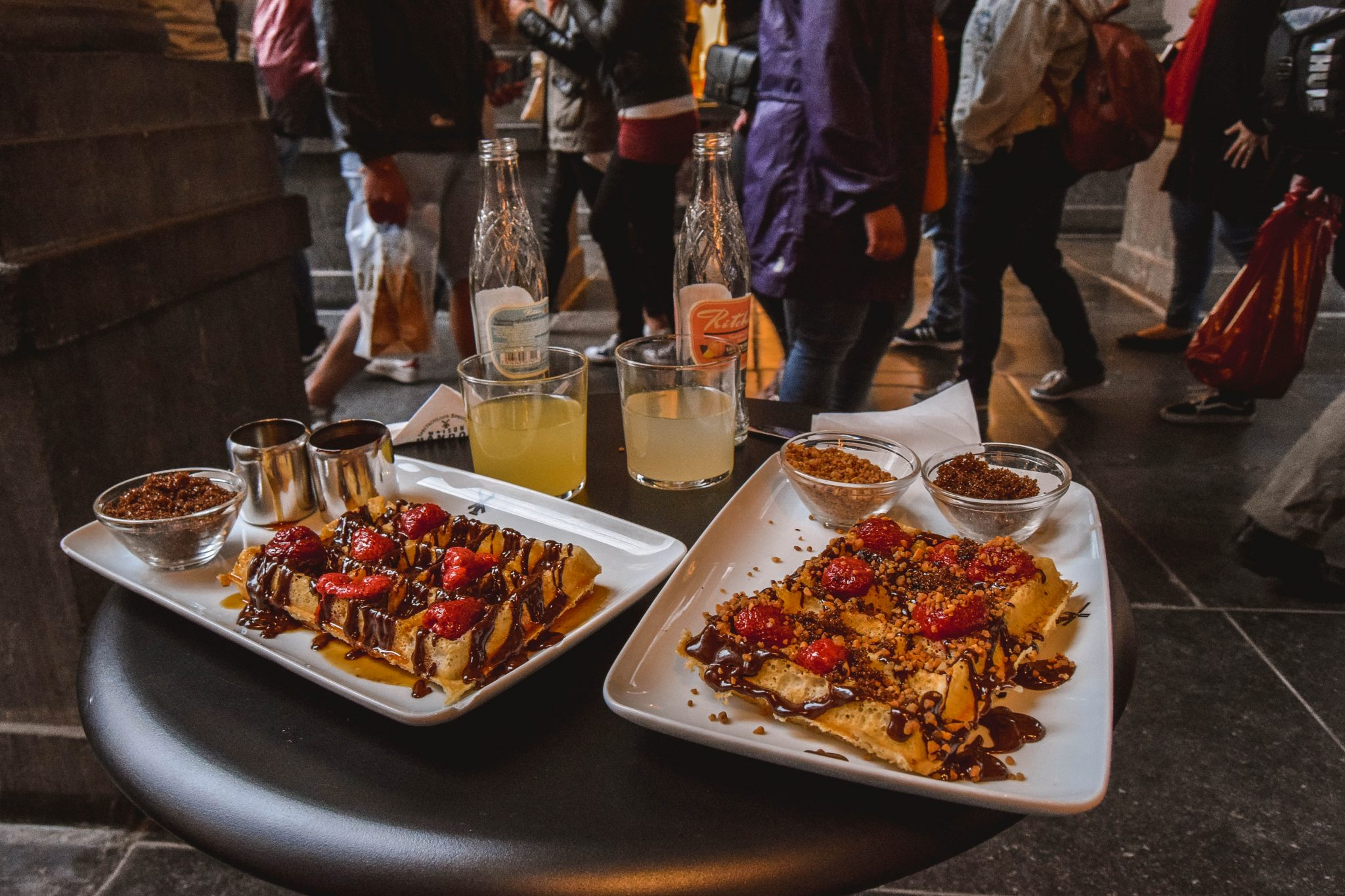 Wanderers & Warriors - Things To Do In Brussels In A Weekend - Maison Dandoy Brussels Waffles Belgium