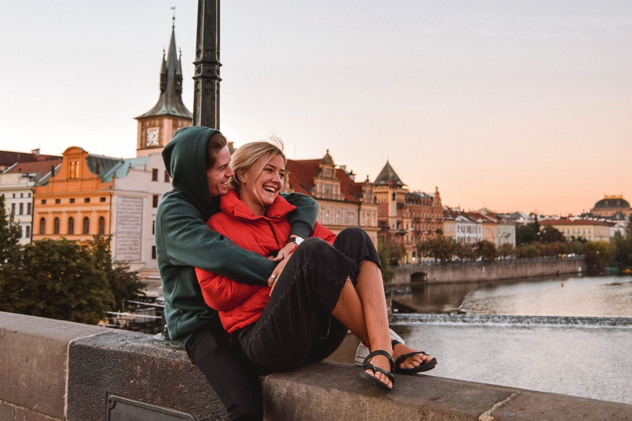 Wanderers & Warriors - Charlie & Lauren UK Travel Couple - Top 9 FUN Things To Do In Prague - What To See In Prague Charles Bridge