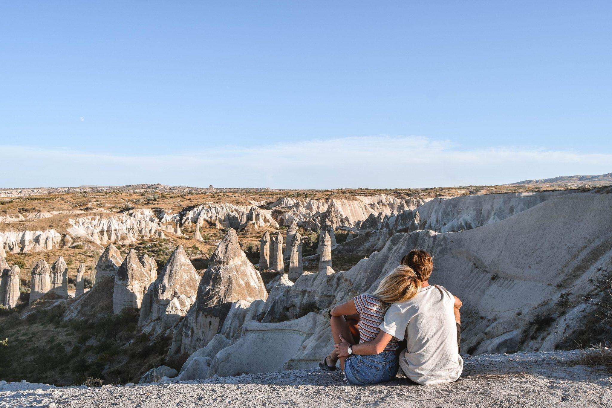 Wanderers & Warriors - Charlie & Lauren UK Travel Couple - Things To Do In Cappadocia Love Valley Cappadocia