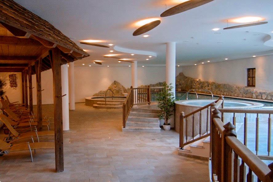 Wanderers & Warriors - Things To Do In Val Di Non Trentino - Pineta Hotels Nature Wellness Resort Trentino