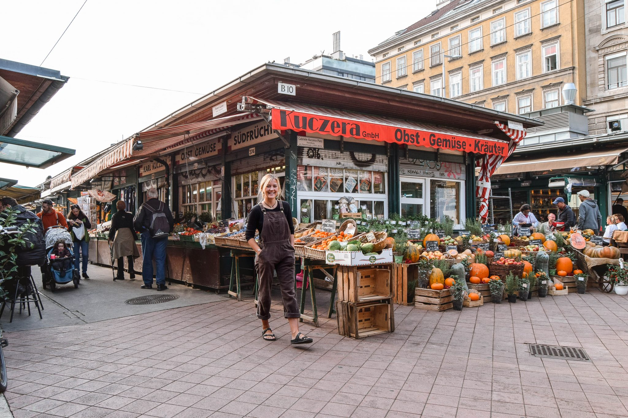 Wanderers & Warriors - Charlie & Lauren UK Travel Couple - Naschmarkt Vienna In A Day - Things To Do In Vienna Itinerary 3 Days In Vienna 3 Day Itinerary Vienna 2 Day Itinerary