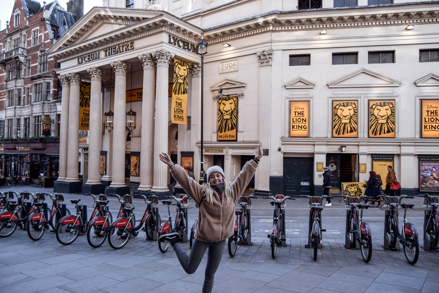 Lyceum Theatre Lion King West End Show 4 Day London Itinerary