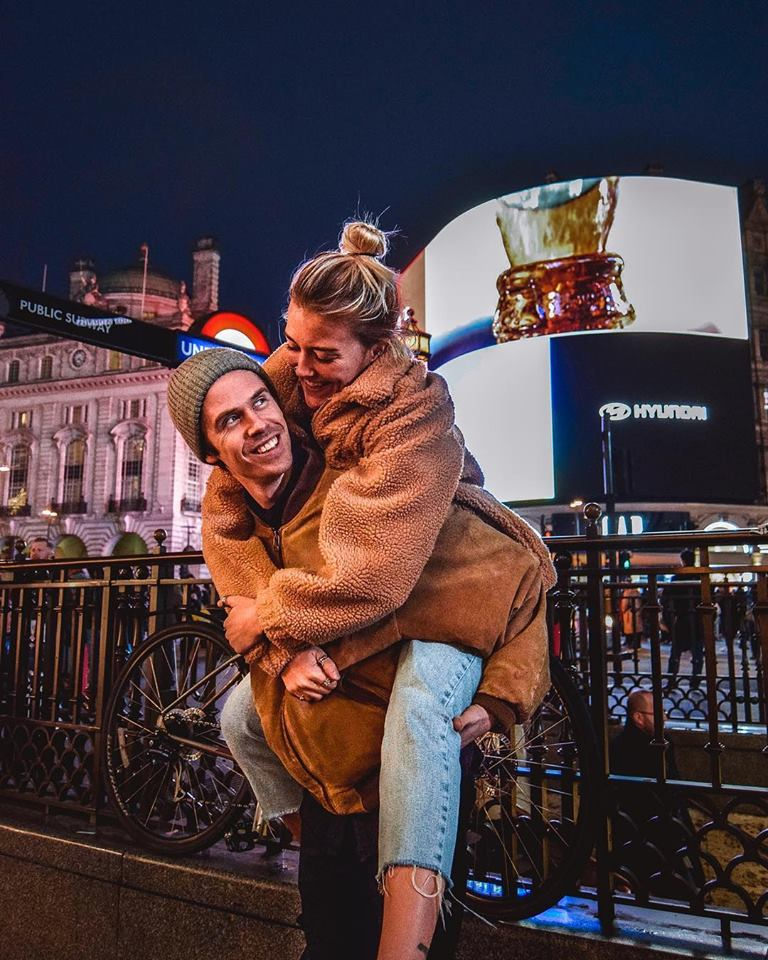 Instagrammable Places In London Picadilly Circus Instagram