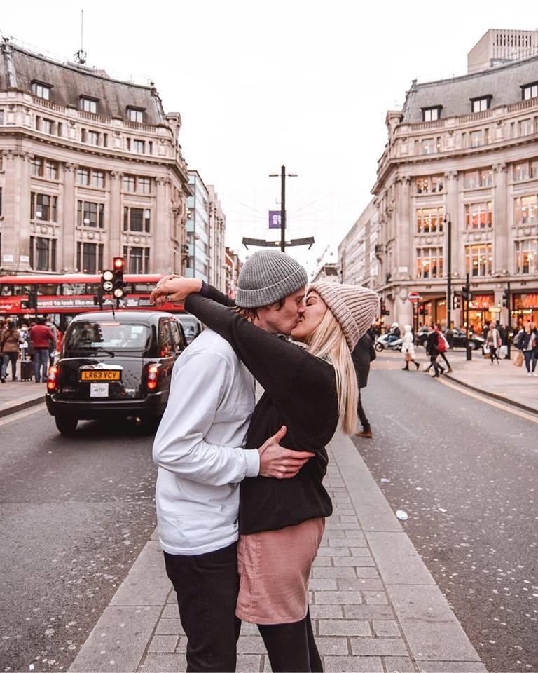 Instagrammable Places In London Oxford Street & Regent Street Instagram